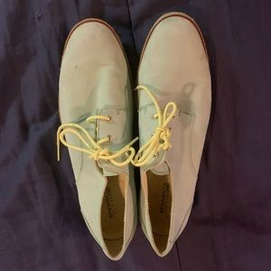 SPERRY OXFORDS SIZE 8.5